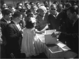 Questi dieci anni, 1956, fotogramma